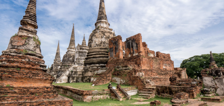 One Day Trip to Ayutthaya, the old city near the city